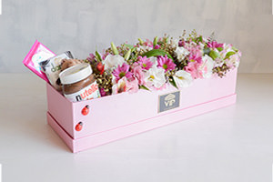 بسته های گل و شکلات