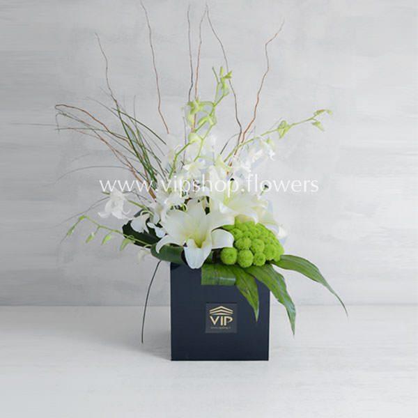 جعبه گل ترحیم لیلیوم داوودی- گلفروشی آنلاین VIP Shop