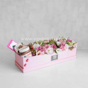 بسته گل و شکلات شماره ۰۶