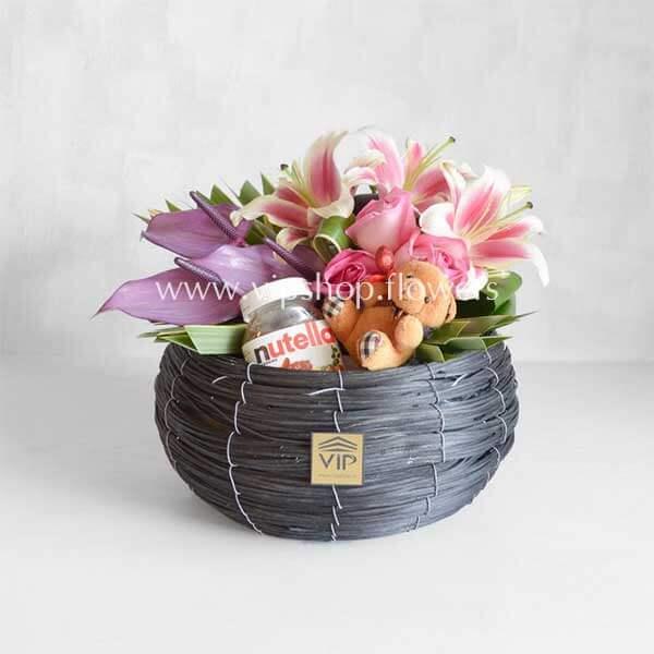بسته گل و شکلات شماره ۰۷