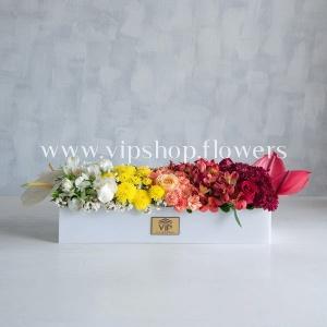 جعبه گل هدیه شماره 83