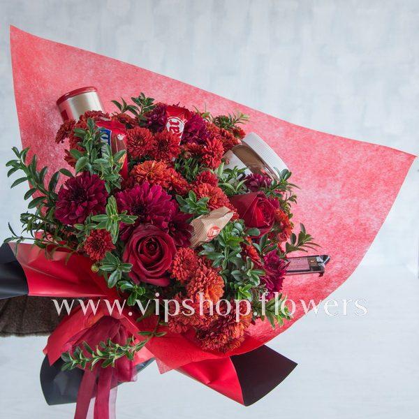 جعبه گل و شکلات مناسب ولنتاین- گلفروشی آنلاین VIP Shop