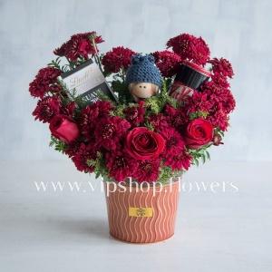 بسته گل و شکلات لاکچری رز داوودی- گلفروشی آنلاین VIP Shop