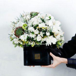 جعبه گل ترحیم رز و داوودی- گلفروشی آنلاین VIP Shop[