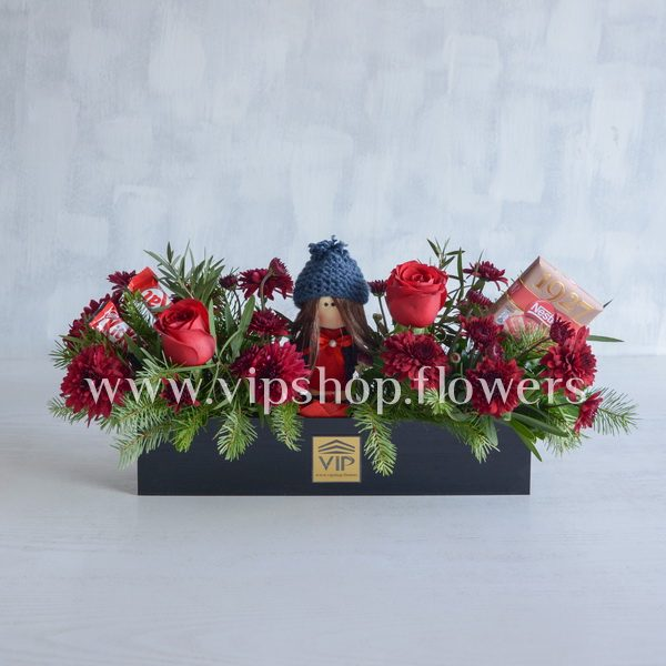 باکس گل و شکلات ولنتاین با عروسک-گل ولنتاین شماره 11