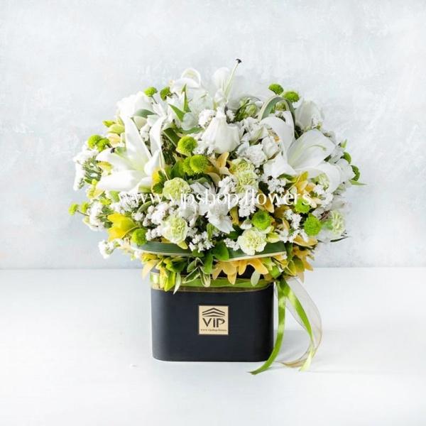 جعبه گل شماره 110- گلفروشی آنلاین VIP Shop
