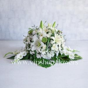 گل رو میزی شماره 8