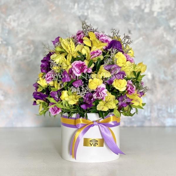 جعبه گل شماره 128- گلفروشی آنلاین VIP Shop