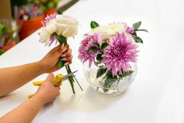 بریدن ساقه گل ها