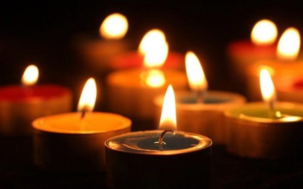 شمع برای مراسم عزاداری