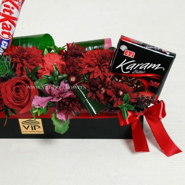 دسته گل و شکلات ولنتاین- گلفروشی آنلاین VIP Shop