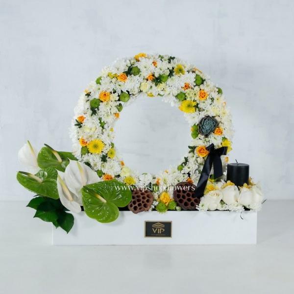 جعبه گل ترحیم داوودی و میخک- گلفروشی آنلاین VIP Shop