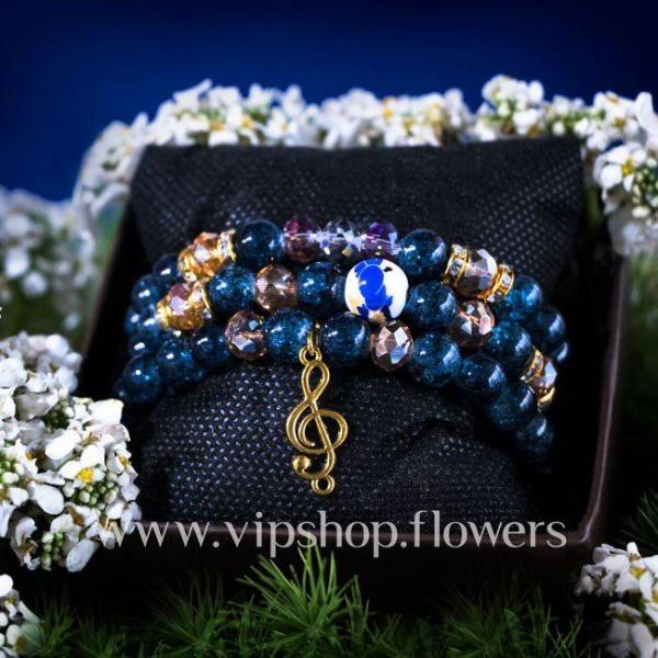 هدیه همراه گل