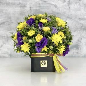 جعبه گل شماره 150- گلفروشی آنلاین VIP Shop