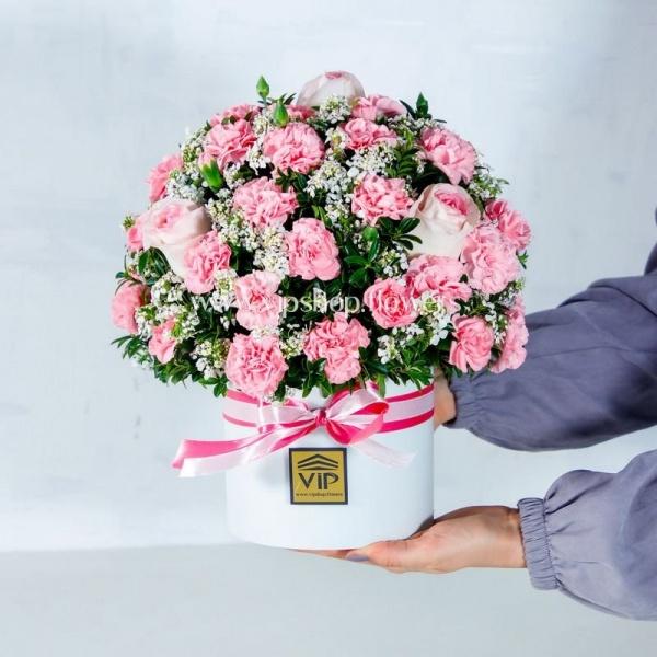 جعبه گل رز و میخک صورتی- گلفروشی آنلاین VIP shop