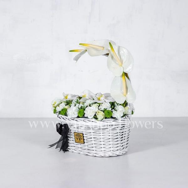 سبد گل ترحیم ارکیده و آنتوریوم- گلفروشی آنلاین VIP Shop
