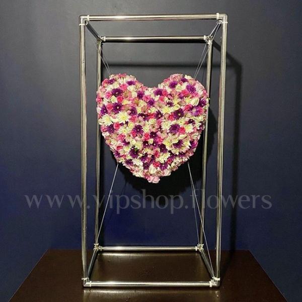 تاج گل معلق قلبی- گلفروشی آنلاین VIP Shop