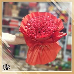 دسته گل قرمز رز