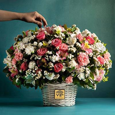 سبد گل vipshop.flowers