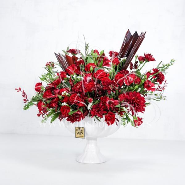 جعبه گل سرامیکی رز آلستر قرمز - گلفروشی آنلاین VIP Shop