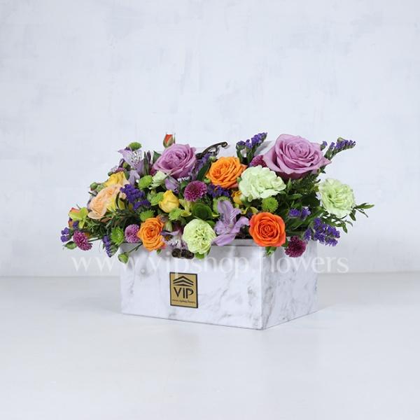 جعبه گل رنگارنگ رز صندوقچه ای - گلفروشی آنلاین VIP Shop