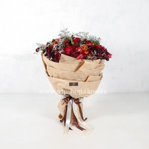 دسته گل رز آلستر با تم قرمز- گلفروشی آنلاین VIP Shop